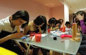 Rusia: Abren escuela para practicar sexo oral